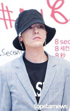 i BREATHE BIG BANG — fckyeahgdragon: 170501 G-Dragon - #my8seconds...