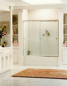 Frameless shower doors are enclosures that have little or no aluminum around the glass. The frameless shower doors can be made fully or partially of glass. Custom Shower Doors, Glass Shower Doors, Clear Glass, Next Bathroom, Basement Bathroom, Bathroom Remodeling, Remodeling Ideas, Bathroom Ideas, Chic