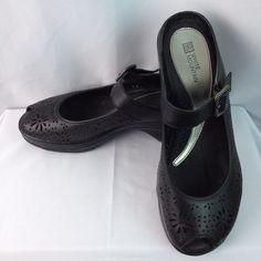 White Mountain blk leather Mary Jane open toe clogs w/wedge heel SZ 9 #WhiteMountain #clogssandals #Casual