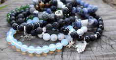 Dicas de como conservar semi joias, bijuterias, prata 925 e peças com couro natural. A Dogma Store utiliza materiais nobres como pedras semipreciosas.