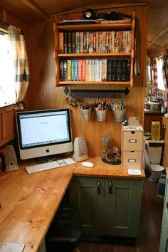 Love this space for working on a narrow boat. Narrowboat studio, awesome!
