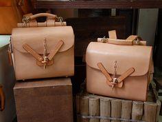 パラシュートリュック(W-5)の手作り革鞄・ハンドメイドレザー「HERZ(ヘルツ)公式通販」
