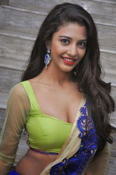 Bollywood actress sexy photo