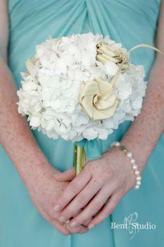 Wedding Bouquet   Floral Design   White Hydrangeas   Palmetto Flowers   Spring Wedding   Bridesmaid Bouquet   Blue Planet Green Events   Charleston Wedding
