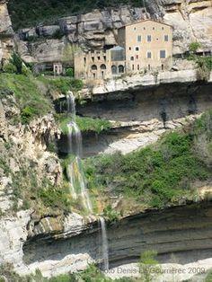 El monasterio de Sant Miquel del Fai es un antiguo cenobio benedictino situado en la localidad de Riells. Se desconoce la fecha exacta de la fundación del monasterio pero en 1006 ya estaba instalada una comunidad de frailes. El monasterio se encuentra situado en un entorno natural muy bonito. Un gran salto de agua y diversas cuevas configuran los elementos destacados del lugar.
