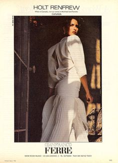 Andie MacDowell in Gianfranco Ferre, American Vogue, March Photograph by Herb Ritts. 80s And 90s Fashion, Milan Fashion, Retro Fashion, Vintage Fashion, Fashion Models, Fashion Brands, Fashion Beauty, Herb Ritts, Gianfranco Ferre