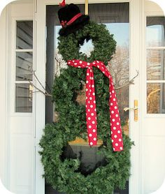 Snowman Wreath Tutorial   Love all the wreaths she has on this site. Christmas In July, All Things Christmas, Holiday Fun, Winter Christmas, Christmas Wreaths, Winter Holidays, Happy Holidays, Christmas Crafts, Merry Christmas