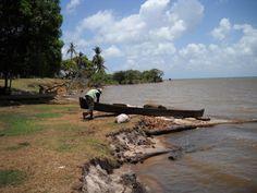 Noticiero La Pedrada  Listo para comenzar la faena de pesca — en Laguna de Perlas, Nicaragua.