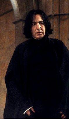 Addictive as Snape Snape Harry Potter, Professor Severus Snape, Harry Potter Severus Snape, Severus Rogue, Harry Potter Anime, Harry Potter Characters, Harry Potter Universal, Harry Potter World, Hermione Granger