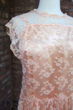 Vintage Peach Floral Lace Dress Slip by SkivvyLuLuVintage on Etsy, $45.00