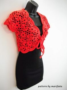 Delicate bolero for socializing and party, but also a garment     to decorate your everyday wear
