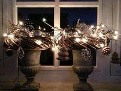 Maak met deze kransen een sfeervol herfst / kerst decoratie ... voor op vazen . Eenvoudig gemaakt !