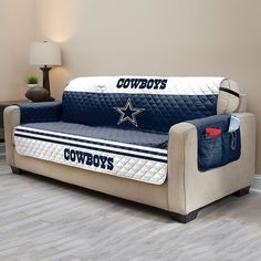 Equip your sofa with this Pittsburgh Steelers quilted couch cover that protects your furniture from messes, spills and pet hair. Steelers Football, Dallas Cowboys Football, Pittsburgh Steelers, Dallas Texas, Dallas Cowboys Quotes, Cowboys Bar, Man Cave Diy, Man Cave Home Bar, Cowboy Quilt