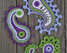 Paisley loop- crochet pattern, PDF in English