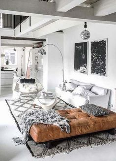 stylish urban suite // man cave // city living // urban life // city men // urban men //wall art // interior // home decor // luxury // Home Interior, Living Room Interior, Interior Design, Living Room Modern, Living Spaces, Black And White Living Room, City Living, Living Room Inspiration, Home Decor Accessories