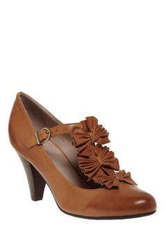 $139.99 #brown #t_strap #shoes #heels #retro