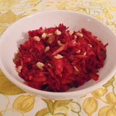 Almás nyers cékla mazsolával és dióval Cabbage, Grains, Mexican, Vegetables, Ethnic Recipes, Food, Cabbages, Hoods, Vegetable Recipes