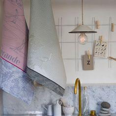 Torchons - Nouveautés - Le Jacquard Français Fabricant, Wall Lights, Thing 1, Lighting, Design, Home Decor, Tea Towels, La Perla Lingerie, Appliques
