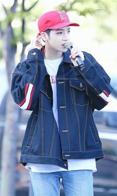 Pentagon Members, Pentagon Wooseok, Cube Ent, How To Speak Korean, E Dawn, Asian Actors, Boyfriend Material, South Korean Boy Band, Boy Bands
