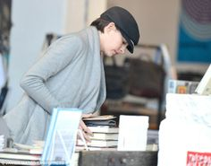Anne Hathaway at the bookstore