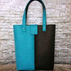 Сумка шоппер бирюзово-черный меланж из фетра Размер сумки: 32х37х7 см Высота ручки: 54 см  Стоимость 2000 руб.