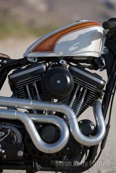 ♂ Motorcycle details - Harley Sportster Cafe Racer Mulato #ecogentleman #automotive #motorcycle #transportation