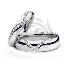 Polished V shaped Matching His Hers Wedding Rings Set