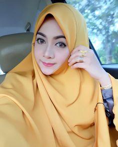 hijab terbosan #hijabmuslimah Muslim Fashion, Hijab Fashion, Hijab Tutorial, Hijab Outfit, Outfits, Style, Swag, Suits, Hijabs