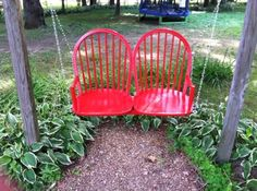 creative uses for old chairs diy upcycle Furniture Projects, Furniture Makeover, Diy Furniture, Furniture Movers, Outdoor Furniture, Ikea Chair, Diy Chair, Chair Upcycle, Outdoor Projects