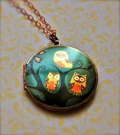 The Owl Family Locket - Vintage $36