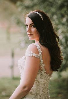 northbrook-park-farnham-hamnpshire-winter-spring-wedding-photography-bridal-portrait-48