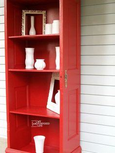 old door cut in half and turned into shelves cooool. Dukes and Duchesses: 11 Ways to Repurpose Old Doors Furniture Projects, Furniture Makeover, Home Projects, Diy Furniture, Furniture Movers, Furniture Stores, Do It Yourself Furniture, Old Doors, Front Doors