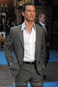 Google Image Result for http://www.contactmusic.com/pics/m/fools_gold_premiere_4_100408/matthew_mcconaughey_1819331.jpg