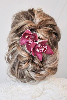 Pinterest Wedding Hairstyles For Your Unforgettable Wedding ❤ See more: http://www.weddingforward.com/pinterest-wedding-hairstyles/ #weddingforward #bride #bridal #wedding