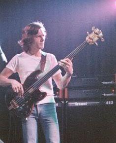 Stunning Fretless Bassist Percy Jones (Brand X, Tunnels a.o.)