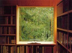 Private Library / Carl-Viggo Hølmebakk
