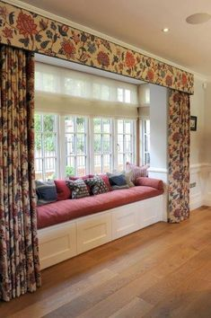 indian home decor Trendy bedroom window seat curtains kitchens ideas Home Decor Furniture, Home Decor Bedroom, Living Room Decor, Furniture Design, Furniture Storage, Outdoor Furniture, Indian Bedroom Decor, Furniture Ideas, Furniture Movers