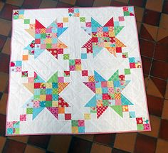 Scrap Happy Stars Block | Sew Mama Sew | Outstanding sewing, quilting, and needlework tutorials since 2005.