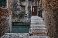 Venice Italy: Things to Do, See, Eat & Monster High House, Countries Europe, Dead Ends, Venice Travel, Most Beautiful Cities, Roman Empire, Venice Italy, Night Life, The Good Place