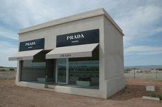 Elmgreen & Dragset - Prada Marfa