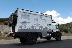 See all the places that our Safari Extreme models have been. World travel in your own Expedition Vehicle built by GXV! Off Road Camping, 4x4 Off Road, Diy Camper, Truck Camper, Overland Trailer, Adventure Campers, Expedition Vehicle, Heavy Truck, Interior Photo