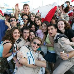Birthright Israel has sent 300,000 participants from over 59 countries to Israel! Hello Canada!