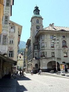 Bolzano University Library - Bolzano, Italy
