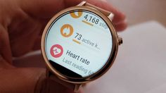 moto-360-fitness-features