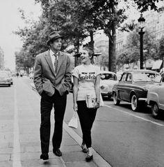 Raymond Cauchetier. Jean Paul Belmondo & Jean Seberg, Paris. 1959.