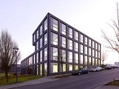 "Built by SSP SchürmannSpannel in Bochum, Germany with date 2013. Images by Jörg Hempel Photodesign. The ""Blue Office"" is an innovatice office building on the eastern edge of the Technologie-Quartier in Bochum-Querenbu..."