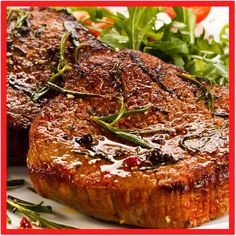 This round eye steak recipe cooks the steak in a good hot skillet that is lightl. - This round eye steak recipe cooks the steak in a good hot skillet that is lightly flavored with fre - Beef Eye Of Round Steak Recipe, Round Steak Marinade, Beef Bottom Round Steak, Bottom Round Steak Recipes, Beef Steak, Skillet Steak, Fried Steak, Steak Recipes Stove, Easy Steak Recipes