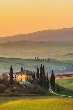 Tuscany by Jaroslaw Pawlak