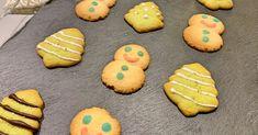 Biscuits sablés de Noël Cookies, Desserts, Spritz Cookies, Brazilian Cuisine, Food Coloring, Parchment Paper Baking, Waffles, Crack Crackers, Tailgate Desserts