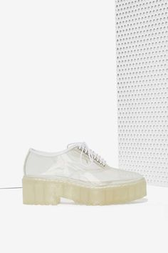 Jeffrey Campbell Baird Clear Lug Shoe | Shop Shoes at Nasty Gal!